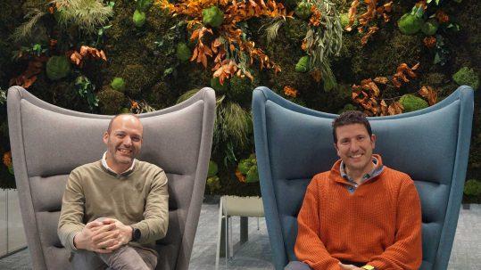 Manuel Rodríguez, Digital Marketing Manager, y José Hernández, Digital eCommerce CRO Specialist, en Vodafone